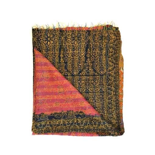 kantha scarf ,schal aus recycelten sari stoffen
